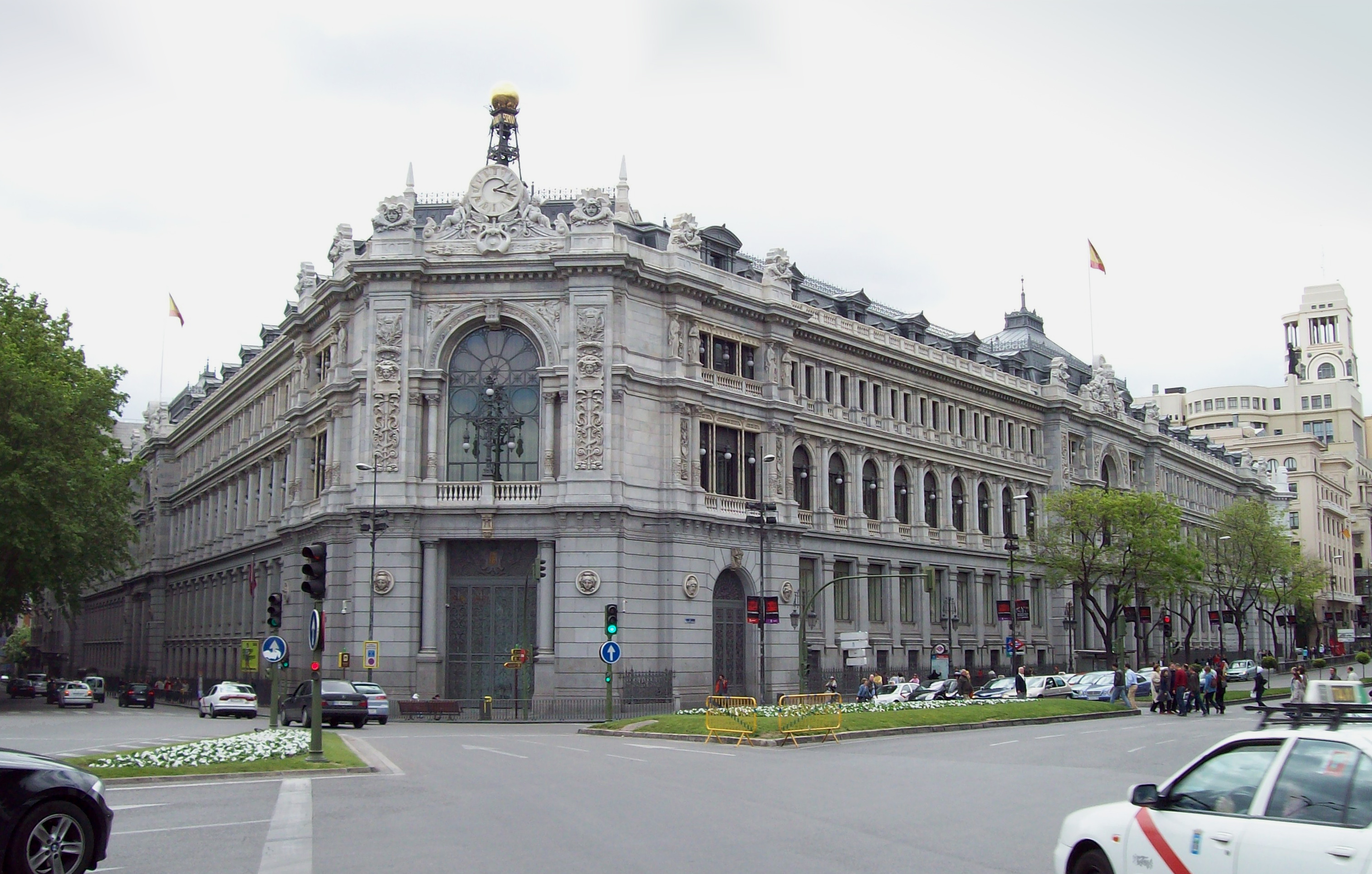 View of the Bank of Spain headquarters (Madrid) from Plaza de Cibeles (square).